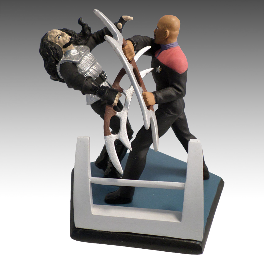 Applause Diorama Sisko